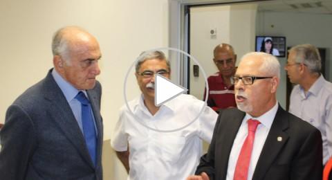 مستشفى الناصرة يكرم مؤسسة التعاون الفلسطينية بحضور منيب المصري