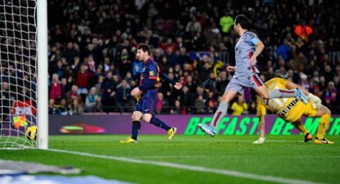 برشلونة يهزم اوساسونا (5-1) ويبعلن استعداده للكلاسيكو