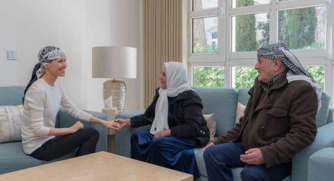 أسماء الأسد تستقبل عددا من العوائل السورية