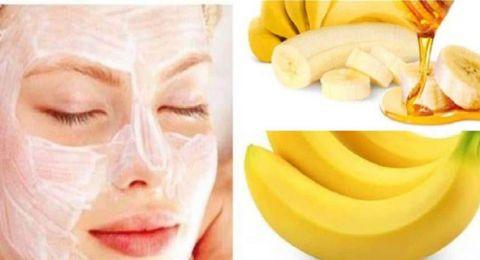 لإزالة خلايا البشرة الميتة.. جربي قناع الموز والعسل