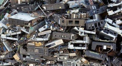 النفايات الإلكترونية.. ثروة بالملايين وإليكم 7 حقائق عنها