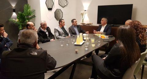 منتدى المحامين الدروز خلال اجتماع بوزير المالية موشيه كاحلون: *