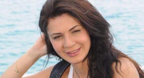نجلاء بدر تنشر صورة جريئة تجمعها بزوجها!
