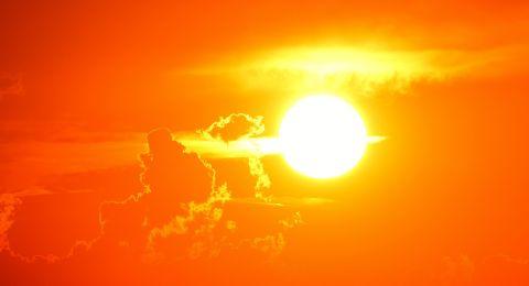 الطقس: اجواء حارة وجافة
