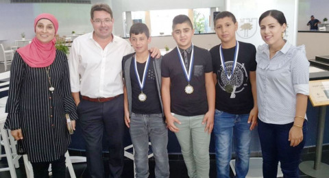 3 طلاب من المقيبلة يحصدون المراكز الأولى في أولمبياد العلوم بالتخنيون