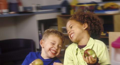 التغذية السليمة تحمي أطفالكِ في المدرسة