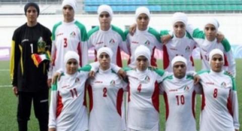 ثمانية لاعبين ذكور في منتخب إيران للسيدات