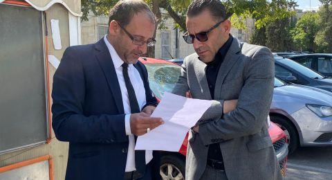 قرارات تعسفية جديدة بحق محافظ القدس عدنان غيث