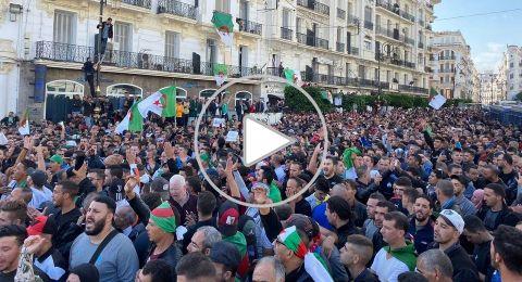آلاف الجزائريين في الشوارع ضد الانتخابات القادمة