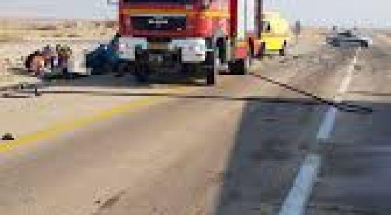 النقب: انقلاب شاحنة وتخليص سائقها