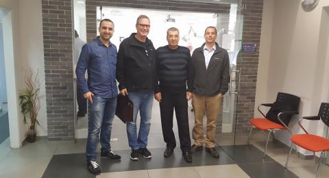 اجتماع لمشاريع مشتركة بين جمعية أطباء الأسنان العرب و