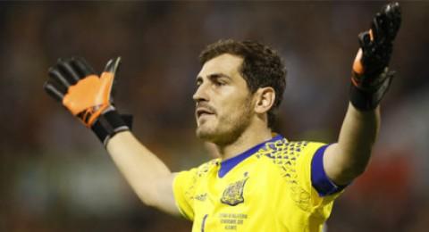 كاسياس: فوز إسبانيا في يورو 2016 أمر صعب