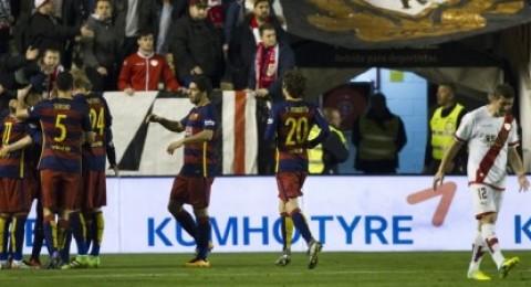 ميسي يقود برشلونة لسحق رايو فاييكانو والابتعاد بصدارة الليجا