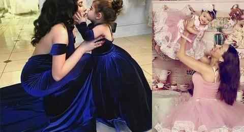 صور الأمهات بإطلالات رسمية متشابهة مع بناتهن