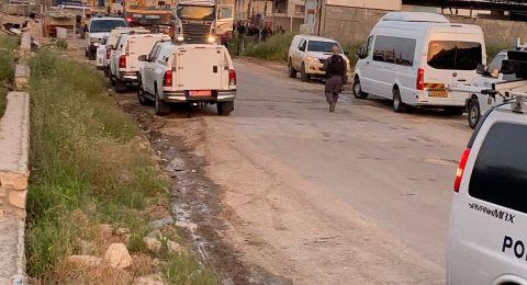 نحف: هدم محل تجاري وسط تواجد مكثف للشرطة