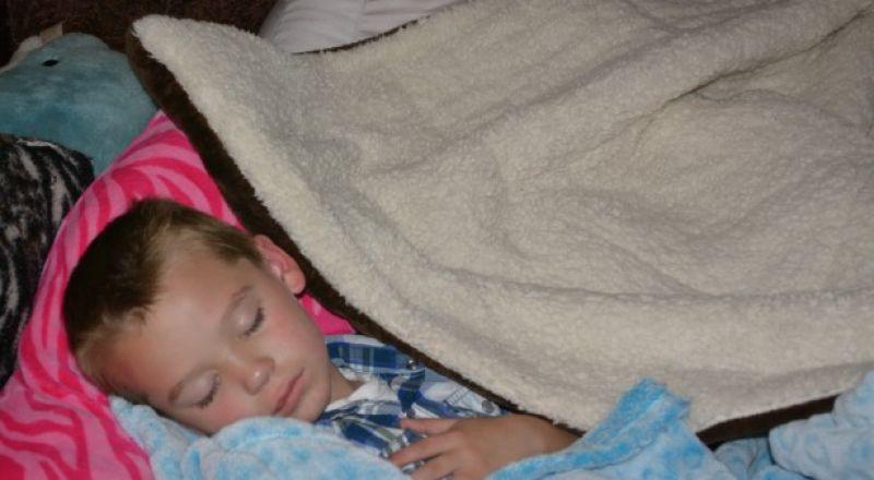 لهذا السبب إمنعي طفلك من نوم القيلولة