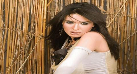 الموت يفجع الراقصة المصرية دينا