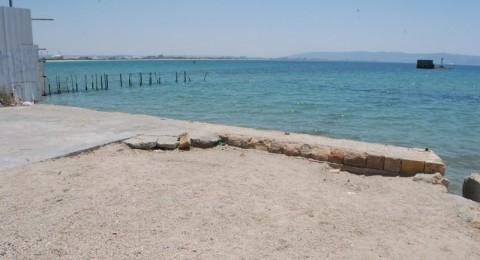 اكتشاف كميات بالغة الخطورة من مادة الزئبق على أحد شواطئ عكا
