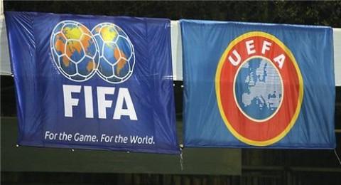 اليويفا يصر على اجراء انتخابات الفيفا في 2015 وليس 2016