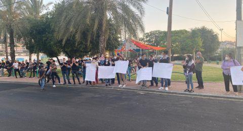 تظاهرة في مدخل عرعرة تنديدًا بمخطط الضم .. واعتقال شاب