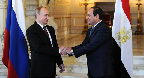 السيسي للمصريين: نتعامل مع بياناتكم بسرية تامة