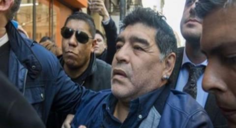 الشرطة الأرجنتينية تلقي القبض على مارادونا