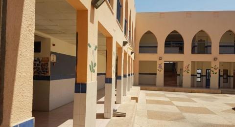 مجلس طلعة عارة ينفّذ اعمال تطوير وصيانة للمؤسسات التعليمية