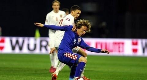 كرواتيا تسحق النرويج بخماسية وتقفز للقمة مؤقتا امام إيطاليا