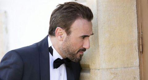 ممثل لبناني يغضب الكثيرين: فيدوهاتكم في الحجر مصطنعة