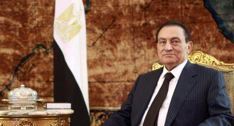 عائلة حسني مبارك تحتفل بعيد مولده الـ90