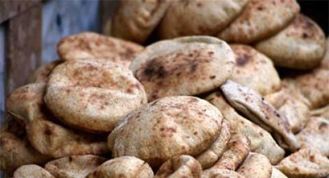 السلطة الفلسطينية تطمئن مواطنيها بشأن الخبز