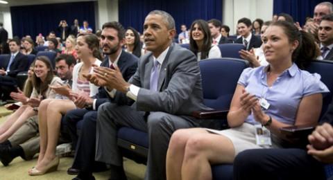 اوباما تابع مباراة امريكا من البيت الأبيض واعترض على الحكم بهذه الطريقة