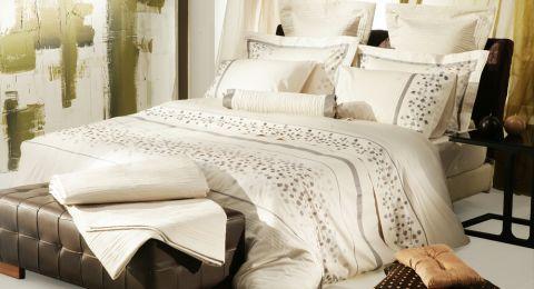 نصائح التدبير المنزلي للحفاظ على غرفة النوم نظيفة