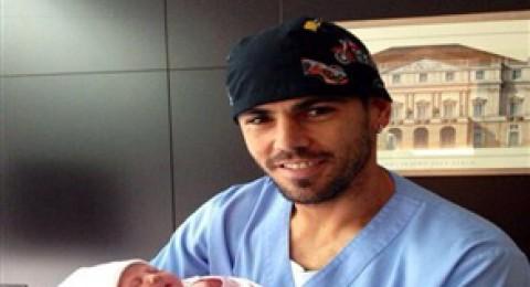 فيكتور فالديز سعيد بولادة طفله الثالث