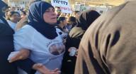 مجد الكروم: والدة القتيلين، عائشة مناع تشارك في المظاهرة وتتحدث