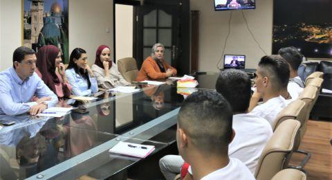 القدس : بحث سبل الحد من ظاهرة العمالة للاطفال