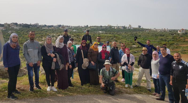 محميات فلسطين تختتم مشروع تدريب مسؤولي الأنشطة الطلابية للمسارات البيئية لهذا العام