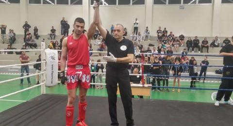 وسيم ظاهر يفوز ببطولة اوروبا  في الملاكمة التايلندية