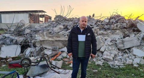 بلدية الطيرة تعلن الإضراب بعد هدم منزل اسلام قشوع