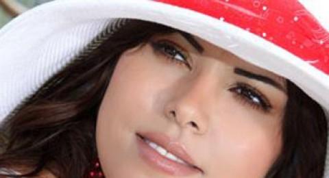 أماني السويسي تحتفل برأس السنة مع جمهورها
