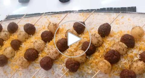 كيفية تحضير كفتة وبطاطس بالفحم من مطبخ منال العالم