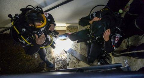 تل ابيب: مياه الأمطار تسببت بمقتل شاب علق داخل مصعد