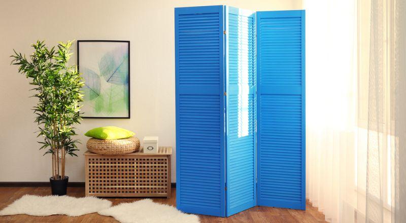 ديكورات فواصل ممرات خشبية بين الغرف