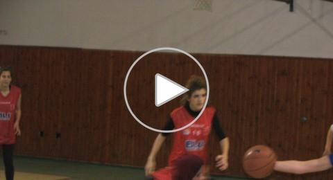 فتيات جديدة المكر بكرة السلة يفزن على مجد الكروم 64-56