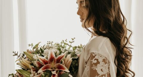 أحدث تريندات مكياج العروسة في صيف 2021.. ركزي على العيون