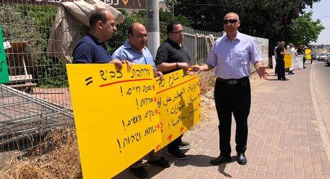 أهالي كفر ياسيف يقيمون خيمة اعتصام ضد مخطط شارع 70 الذي يضيّق الخناق عليهم ويعرّض أبناءهم للخطر