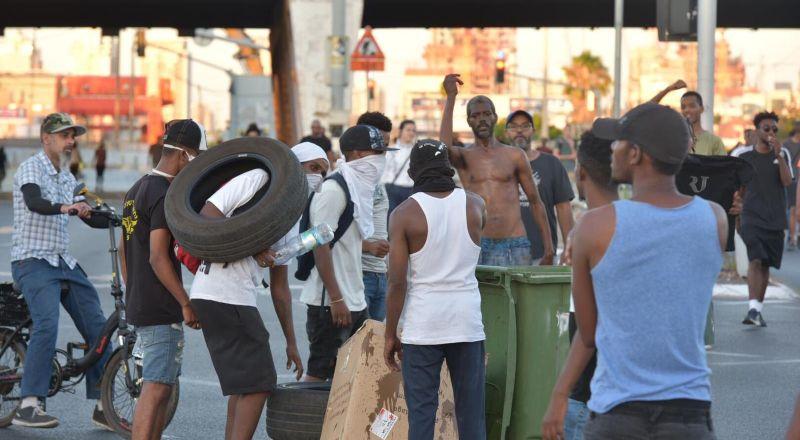 83 مصابًا في مظاهرات ذوي الاصول الاثيوبية .. بينهم 47 شرطيًا