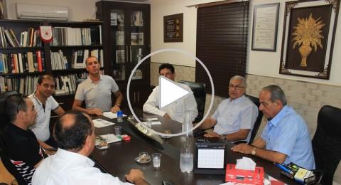 المقدسي اسماعيل وشاحي يدعم الاتحاد السخنيني بـ 300 الف شيكل