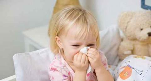 لماذا لا يشفى الأطفال من الزكام؟