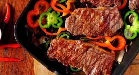 ستيك اللحم بالخضراوات على الطريقة المكسيكية